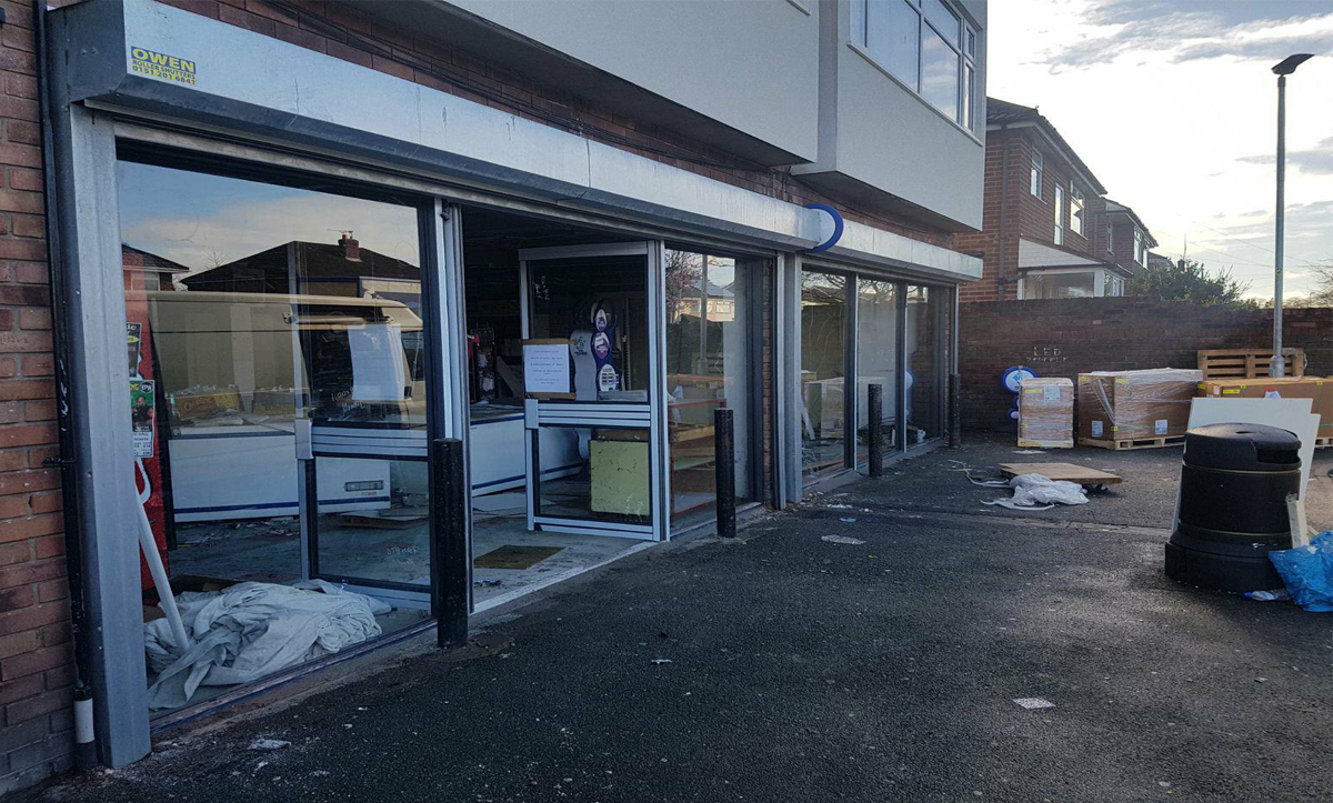Aluminium Shop Fronts in Northampton, Aluminium Shop Fronts Installer in Northampton, Aluminium Shop Fronts Installation in Northampton, Aluminium Shop Fronts Fabricators in Northampton, Lancashire Shop Fronts