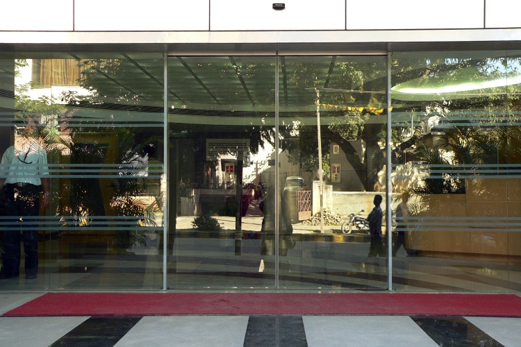Sliding Automatic Door in Liverpool, Sliding Automatic Door Installer in Liverpool, Sliding Automatic Door Installation in Liverpool, Sliding Automatic Door Fabricators in Liverpool, Lancashire Shop Fronts